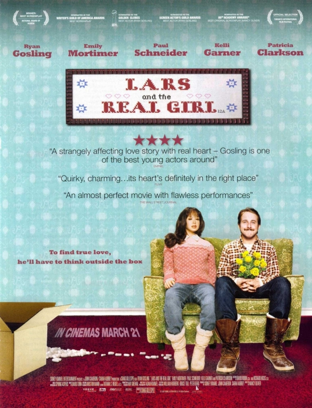 Recensione LARS E UNA RAGAZZA TUTTA SUA (Lars and the Real Girl ): Divertente, toccante e originale. Una piccola gemma, un filmone.